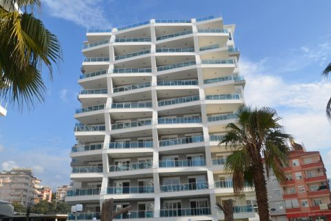 Stylish 1 Bedroom Apartment in Attractive Part Cikcilli, Alanya