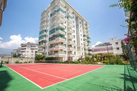 Appartements avec vue panoramique à proximité de la plage à Oba, Alanya
