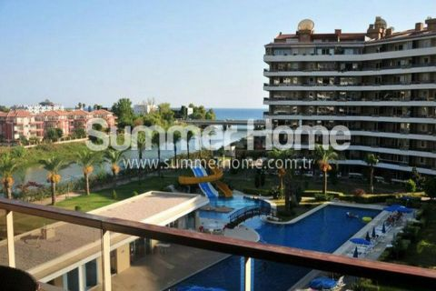 Appartements de luxe avec vue imprenable près de la plage à Alanya