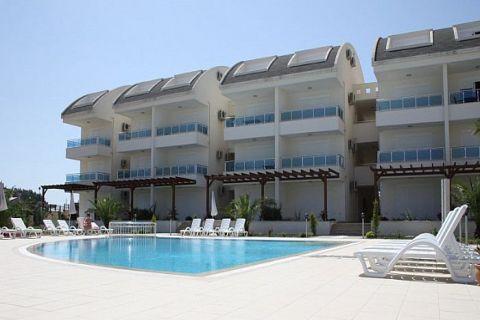 Antalya Side'de Güzel Yeşil Ortamda Satılık 1+1 Şık Daire