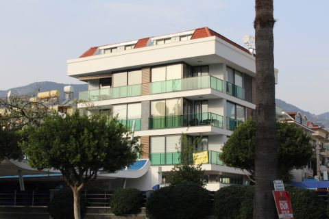 Lovely Apartments in Popular Place Close to the Beach in Alanya