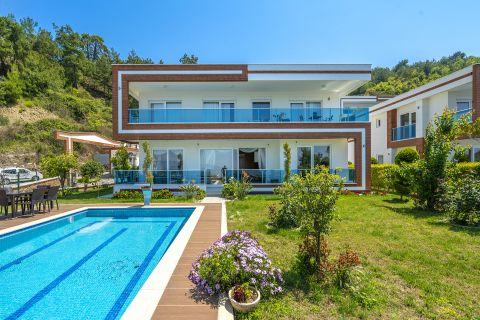 Alanya'da Eşsiz Dizaynlı Lüks Villalar