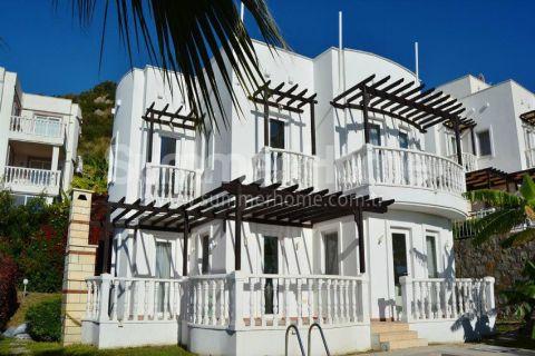 Luxusná 5-izbová vila na predaj v Bodrume