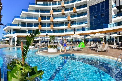 Luxurious Sea View Property with Generous Facilities in Konakli, Alanya