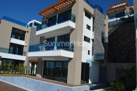 High-Class Villas in a Luxurious Complex with Private Pool in Konakli Alanya