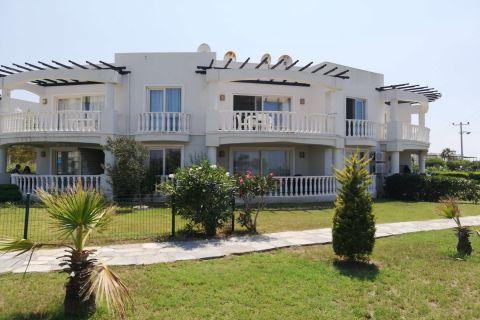Квартира по выгодной цене в Бодруме с видом на море