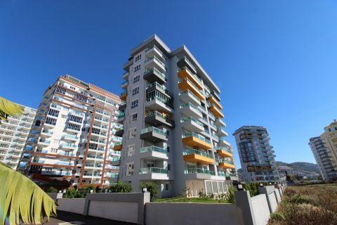Stylish Sea View Apartment at Economical Price in Mahmutlar, Alanya
