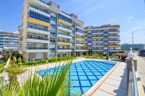 Exklusive Neubauwohnungen und Villen mit Meerblick in Esentepe , Zypern