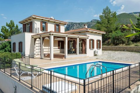 Fully Furnished Villa with Breathtaking Sea View in Kyrenia, Northen Cyprus