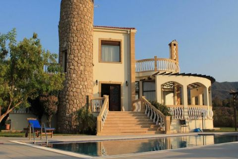 Fully-Furnished Retro Villa with private pool on the hills of Esentepe, North Cyprus