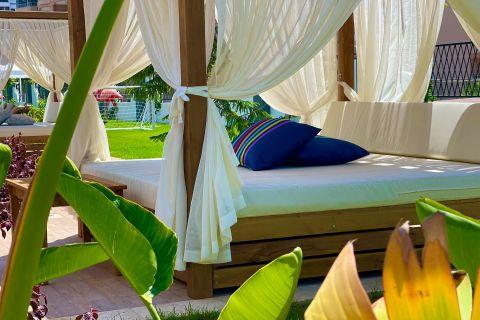 Appartements sympathiques  a vendre dans une zone en croissance rapide  de Mahmutlar, Alanya