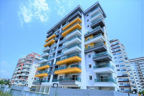 Продается квартира в Махмутларе, Алания, Турция
