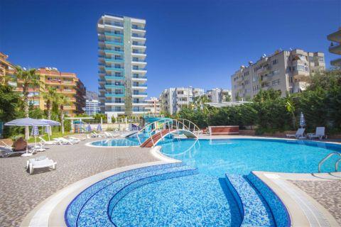 Продается квартира-студия с видом на море в Турции, Алания, район Махмутлар