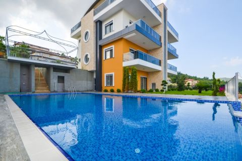 Colourful duplex apartments for sale in Kargicak, Alanya