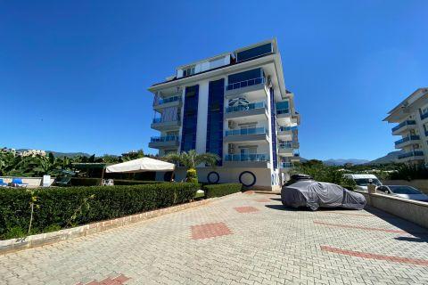 Cosy 2-bedroom resale apartment in Kestel