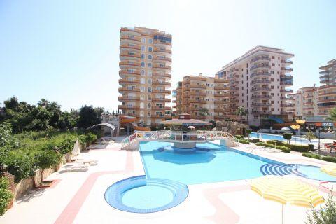 three-bedroom duplex apartment with spectacular sea view in Mahmutlar