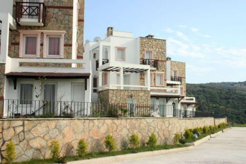 Geräumige Villa mit fünf Schlafzimmern und Meerblick in Gündogan, Bodrum