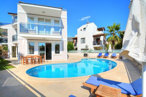 Two-floored small villa with swimming pool in Kalkan