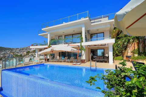 Entirely white cozy villa with pool that offers spectacular sunsets in Kalkan