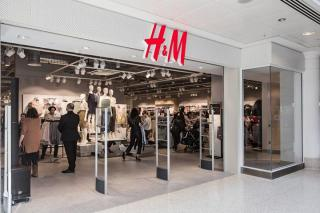 HM shopping (Hennes & Maurits) open in Antalya